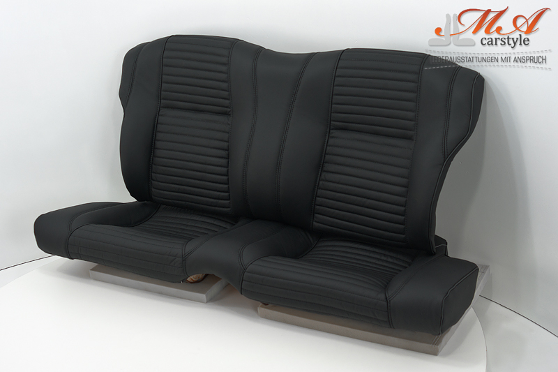 Leather interior: re-upholstering front and rear seats, new door front and rear panels [Alfa Romeo Alfetta GTV 2000] Black-Black (horizont. Stripes)-Piping (Black)